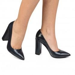 Pantofi din piele naturala- neagra CA3